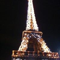 輝くエッフェル塔