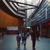 東京国際フォーラム (Tokyo International Forum) 東京駅から銀...