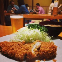 上野 井泉 本店 美味しいとんかつ屋 tonkatsu とんかつ首位争い 井泉 ラガー 居心地