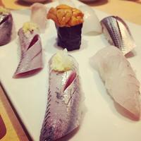 神田 江戸ッ子寿司 iwashi 光り物 周年半額祭り 長蛇の列 kanda sushi 鰯