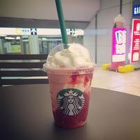 スターバックス上野マルイ店 strawberriedelight ストロベリー ディ 満足感