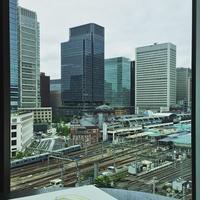 Motif Restaurant & Bar フォーシーズンズホテル丸の内 東京 梅雨空曇り空